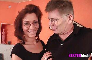 Il baise une milf aux gros seins en collants et bottes meilleur video sexe amateur à pois
